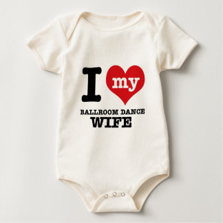 Eu amo meu namorado do salão de baile macacãozinho para bebê