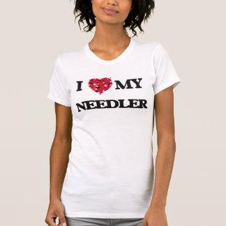 Eu amo meu Needler Camisetas