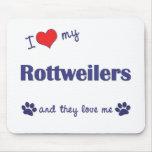 Eu amo meu Rottweilers (os cães múltiplos) Mousepad