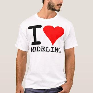 Eu amo modelar camiseta