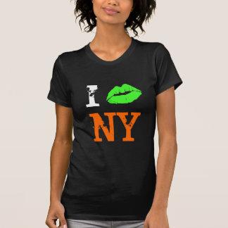 Eu amo o ~ de NY com lábios irlandeses Tshirt