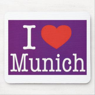 Eu amo o roxo de Munich Mousepad