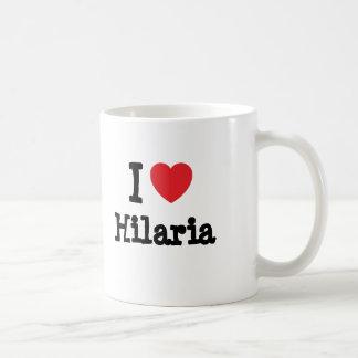Eu amo o t-shirt do coração de Hilaria Canecas