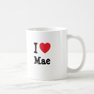 Eu amo o t-shirt do coração de Mae Canecas