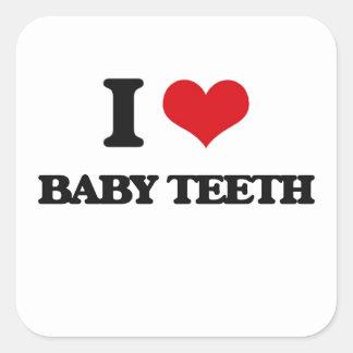 Eu amo os dentes de bebê adesivo quadrado