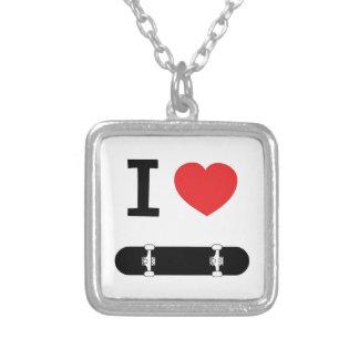 Eu amo skateboarding colar com pendente quadrado