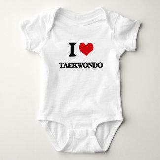 Eu amo Taekwondo Camiseta
