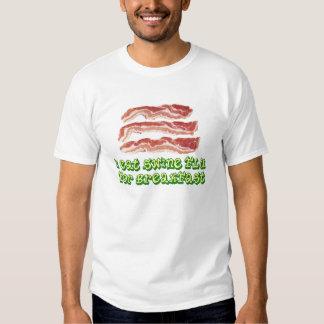 eu como a gripe dos suínos para o pequeno almoço t-shirt