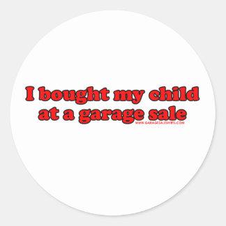 Eu comprei minha criança em uma venda de garagem T Adesivos Em Formato Redondos