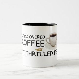 """""""Eu descobri caneca do Dois-Tom do café"""""""