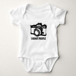 Eu disparo em pessoas body para bebê