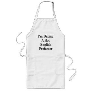 Eu estou datando um professor inglês quente avental