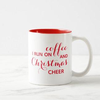 Eu funciono na caneca do café e do elogio do Natal