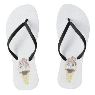 Eu grito as sandálias das mulheres