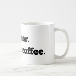 Eu juro.  É somente café - caneca do café