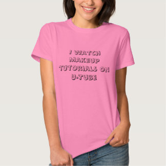 Eu olho cursos da composição no t-shirt das