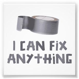 Eu posso fixar qualquer coisa com fita adesiva impressão de foto