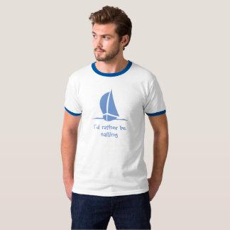 Eu preferencialmente estaria navegando. Uma camisa