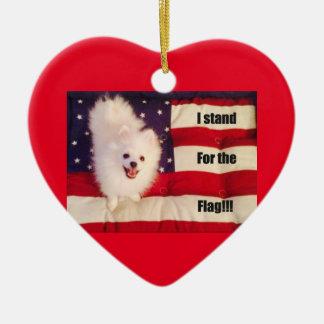 Eu represento o ornamento dado forma coração da