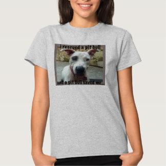 Eu salvei um T da reunião do pitbull T-shirt