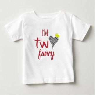 Eu sou a camisa dois extravagante