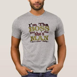 Eu sou a camisa engraçada do gracejo do chefe