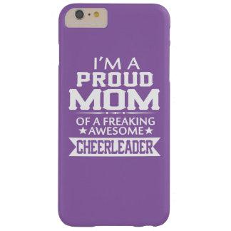 Eu sou a MAMÃ de um cheerleader ORGULHOSO Capas iPhone 6 Plus Barely There