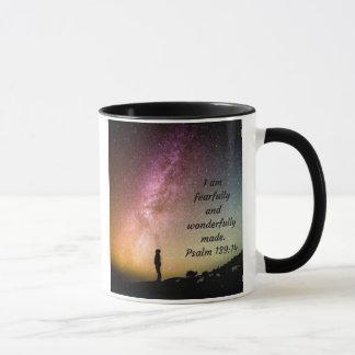 Eu sou caneca de café temìvel e maravilhosamente