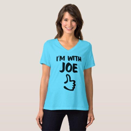 Eu sou com o tshirt apto relaxado das mulheres de camiseta