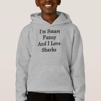 Eu sou engraçado esperto e eu amo tubarões