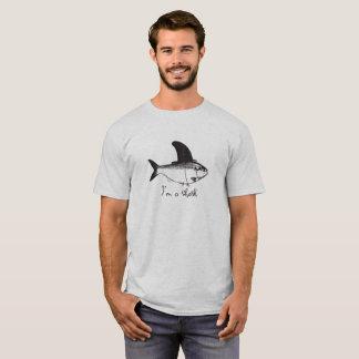 Eu sou uma camisa do amante T da pesca do tubarão