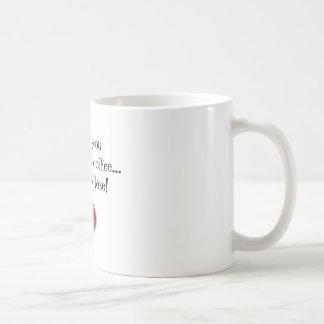 """""""Eu te amo mais do que o café… mas ele é"""" caneca"""