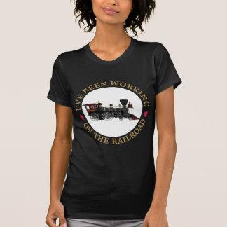 Eu tenho trabalhado no Railraod T-shirt