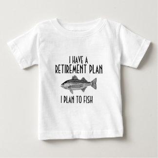Eu tenho uma camisa da pesca do plano de