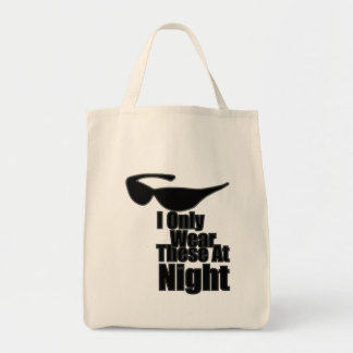 Eu visto somente estes na noite bolsa para compras