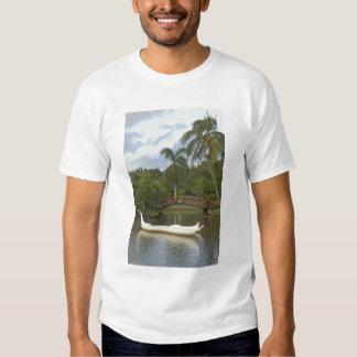 EUA, Havaí, Kauai, jardim de Luau da família de T-shirts