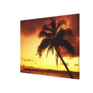 EUA, Havaí, Maui, por do sol colorido em uns 2 Impressão De Canvas Esticada