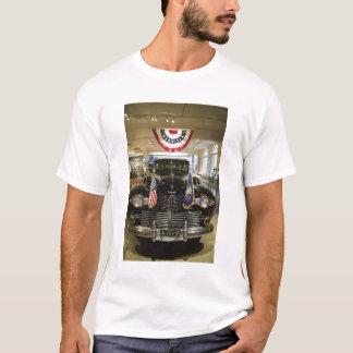 EUA, Michigan, Dearborn: O museu de Henry Ford, Camiseta