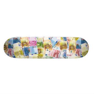 Euro- plataforma do skate da imagem da moeda