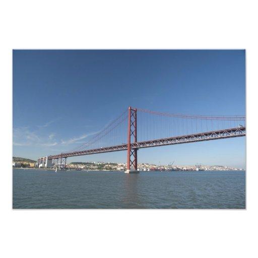 Europa, Portugal, Lisboa aka Lisboa). Ponte Impressão Fotográfica