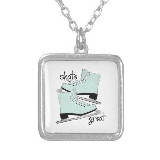 Excelente do skate colares personalizados