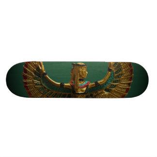 Faça a ondas o skate egípcio do anjo