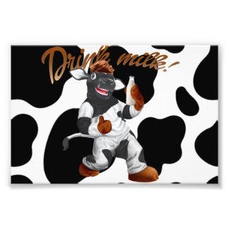 Faça a vaca de leite da bebida das vacas com impressão de foto