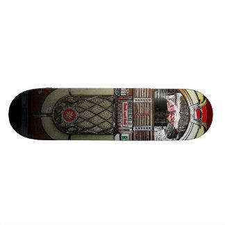 Faça o skate de Jammin Juke das ondas