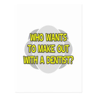 Faça para fora com um dentista cartoes postais