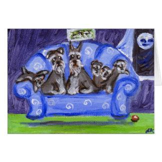 família do sofá do schnauzer cartão