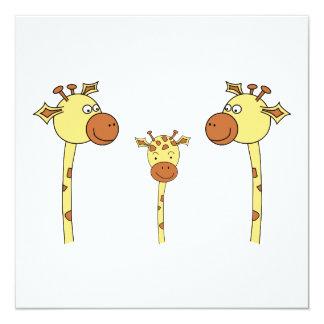 Família dos girafas. Desenhos animados Convite Quadrado 13.35 X 13.35cm