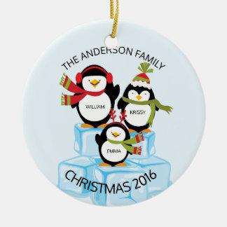 Família personalizada bonito de um Natal de 3 Ornamento De Cerâmica