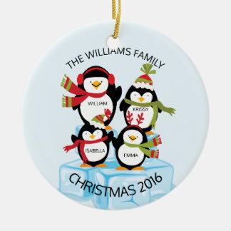 Família personalizada BONITO de um Natal de 4 Ornamento De Cerâmica