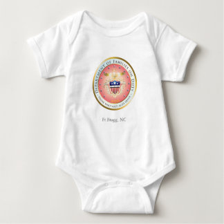 Famílias cor-de-rosa no selo do dever customizável tshirt